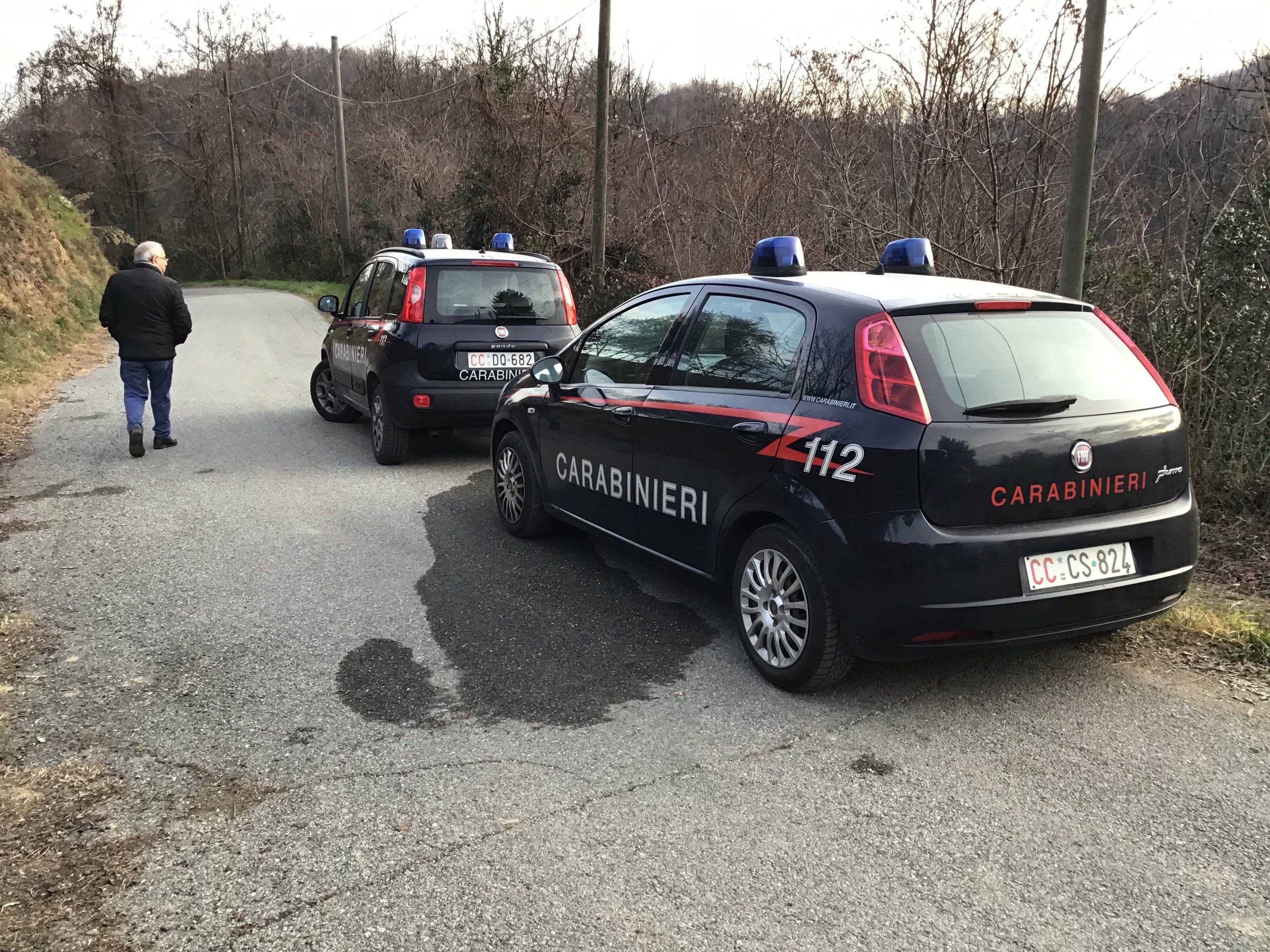 SAMONE - Si barrica in casa con un fucile e minaccia di spararsi: salvato dai carabinieri dopo un'ora di trattative
