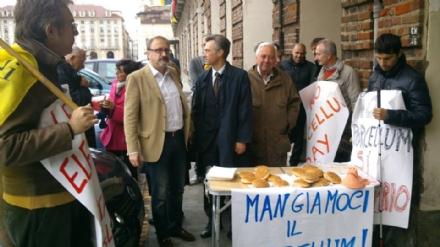 CUORGNE' - Il sindaco Pezzetto si mangia il porcellum