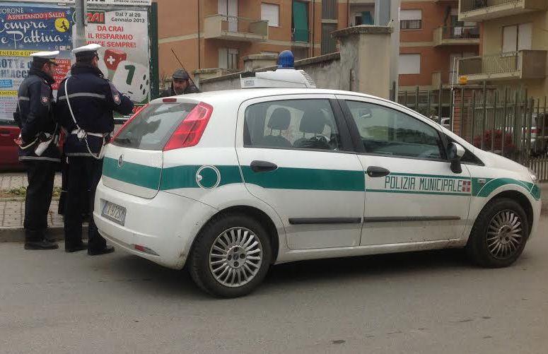 IVREA - Furto allo Zac: la polizia municipale ne individua l'autore