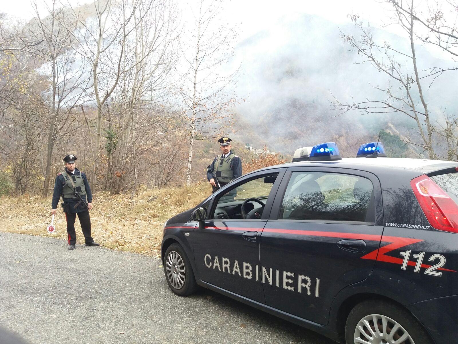 ALLARME INCENDI - Ultime ore di emergenza: Aib e carabinieri pattugliano i boschi contro i piromani
