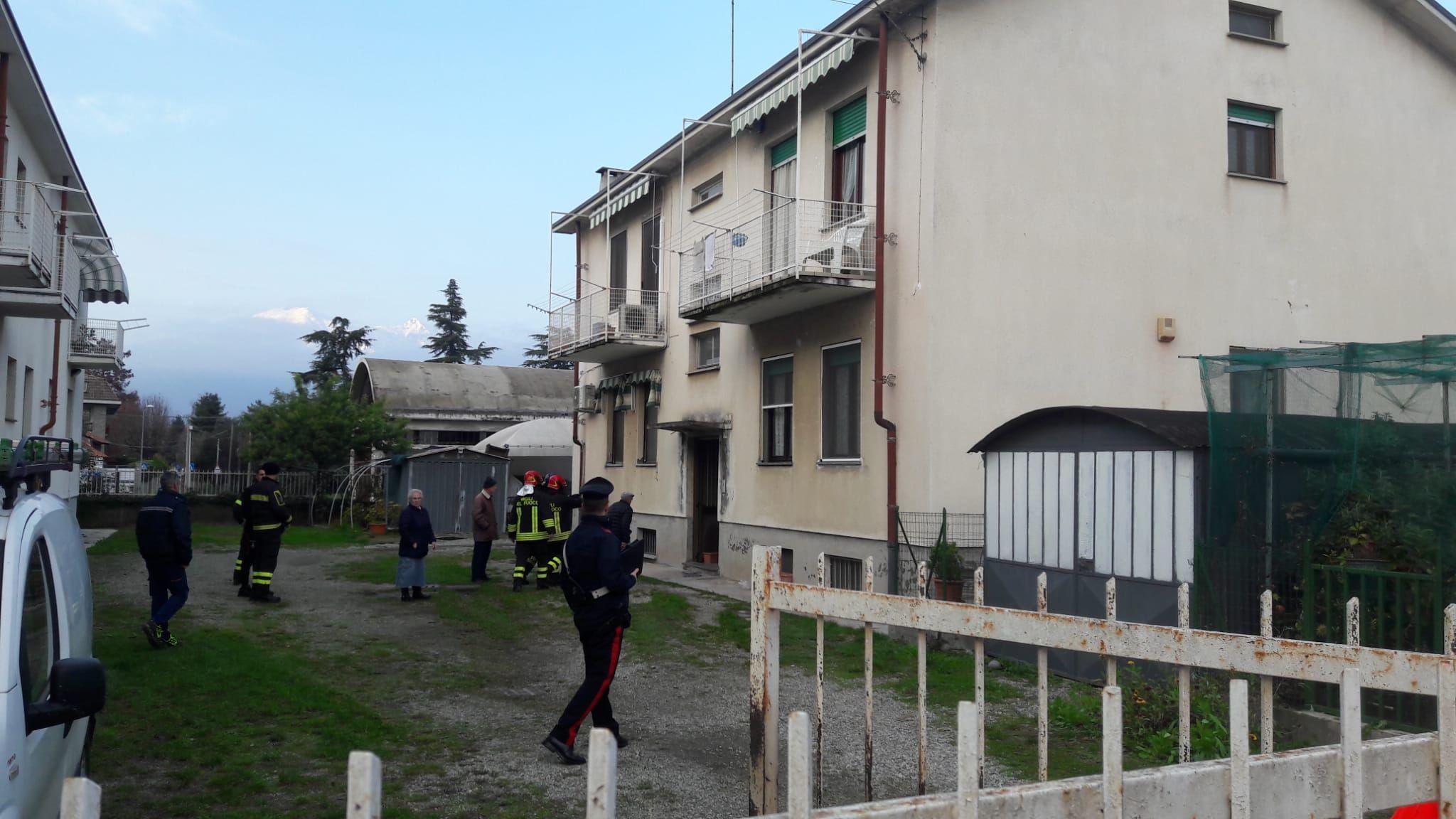 RIVAROLO - Un altro incendio nelle cantine di via Trieste - FOTO
