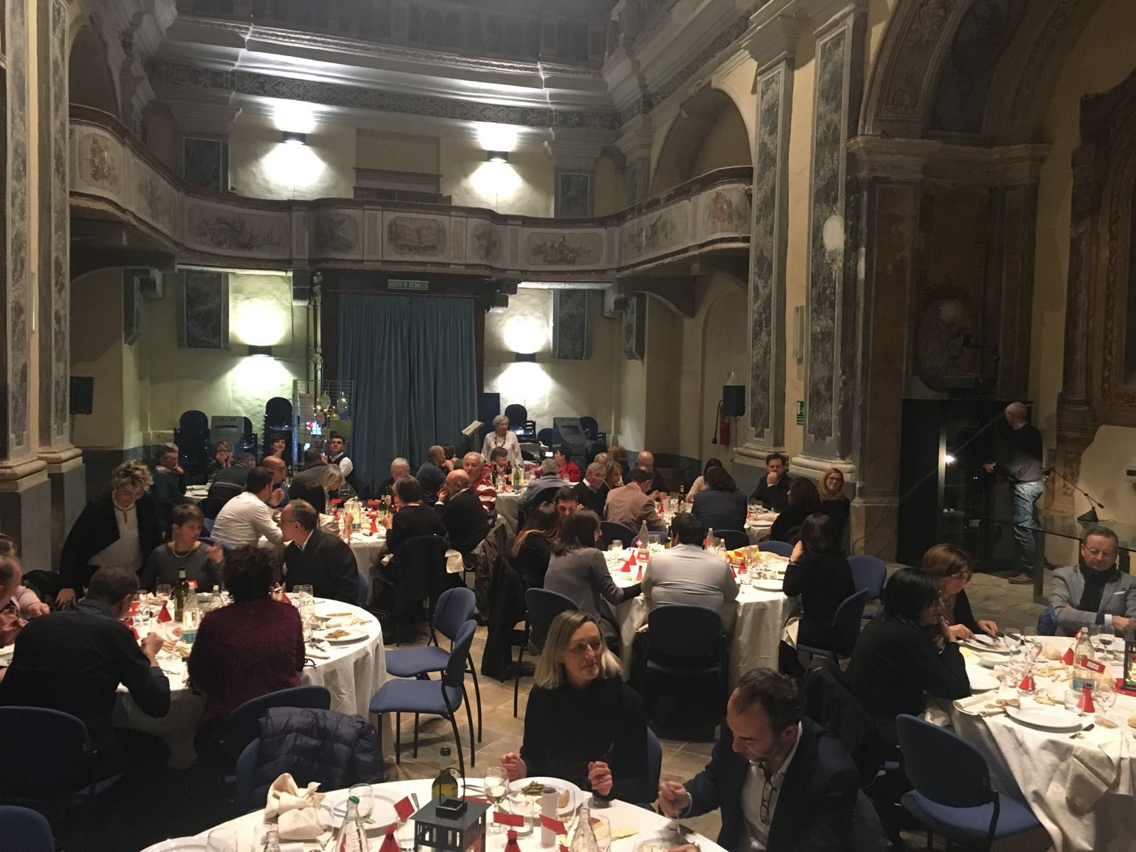 CUORGNE' - Venerdì dalle 20 torna in Trinità «La cena che fa bene»