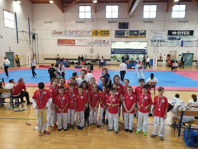 TAEKWONDO - Esordio stagionale col botto per la Taekwondo Canavese alla Champion Kids 2019