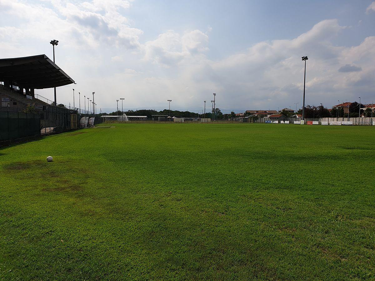 VOLPIANO - Un milione per l'erba sintetica nel campo di calcio