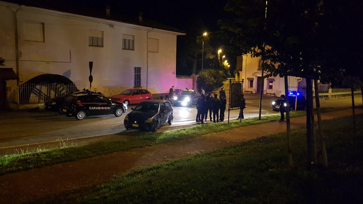 RIVAROLO - 27ENNE DI BUSANO ARRESTATO DOPO L'INSEGUIMENTO: AVEVA TENTATO DI INVESTIRE I POLIZIOTTI - FOTO E VIDEO