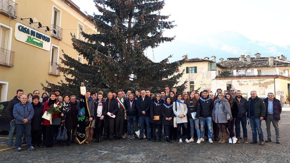 LOCANA - Primo dell'anno con il brindisi per i coscritti del paese