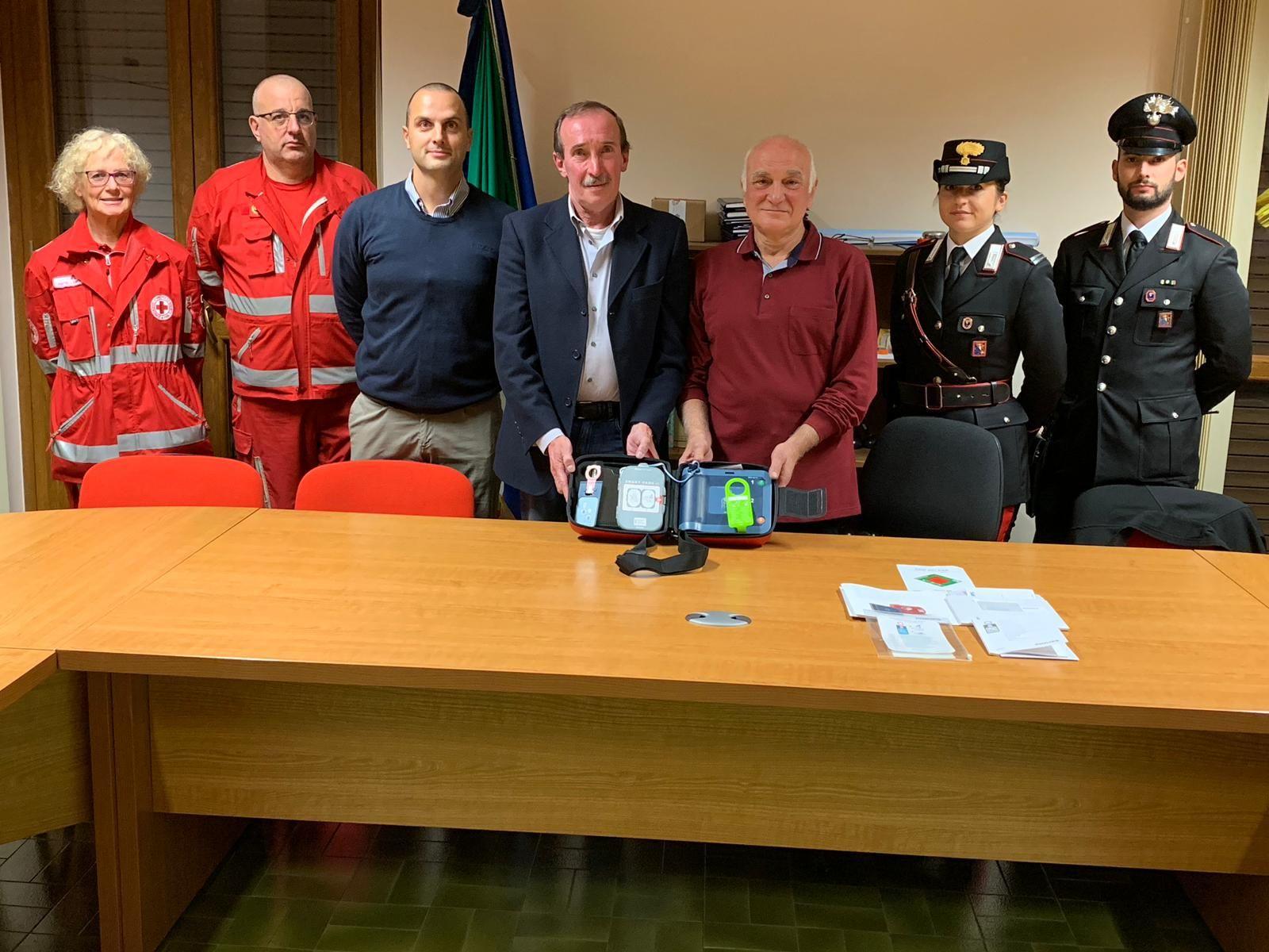 BALDISSERO - Il tiro a volo «Peroglio» dona un defibrillatore al paese