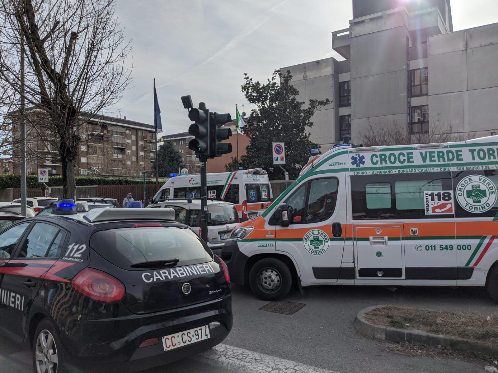 RIVAROSSA - 65enne va all'Inps di Collegno e minaccia di darsi fuoco