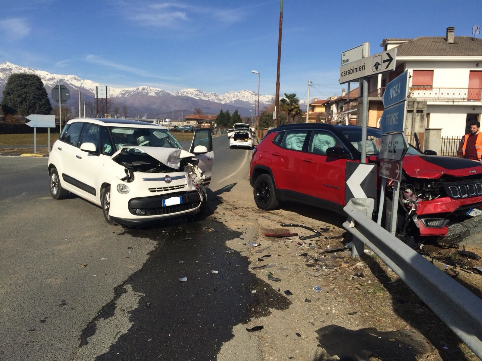 AGLIE' - Incidente stradale all'incrocio per Bairo: una ferita - FOTO