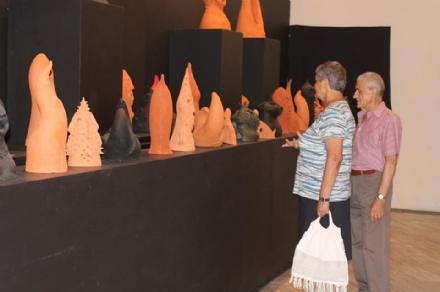 CASTELLAMONTE - Mostra della ceramica prorogata al 27