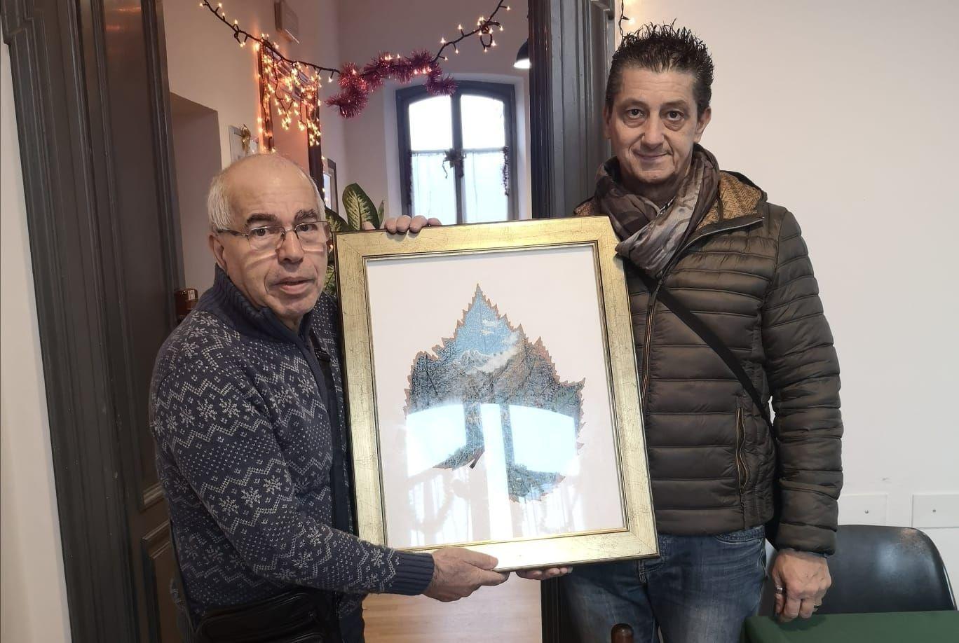 CUORGNE' - Un'opera di Franco Grisolano in dono al centro incontro anziani