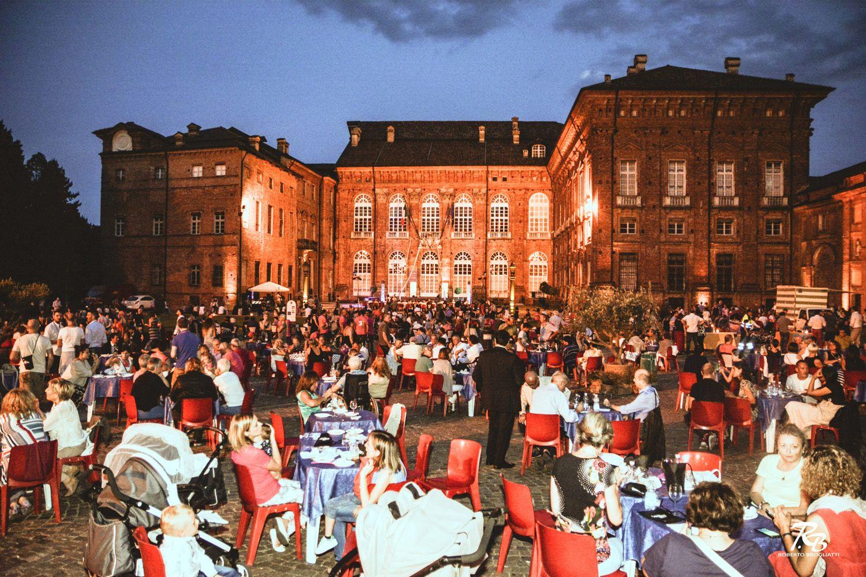 AGLIE' - Sabato 13 luglio il grande ritorno di «Calici tra le Stelle» sulla piazza del castello ducale - FOTO