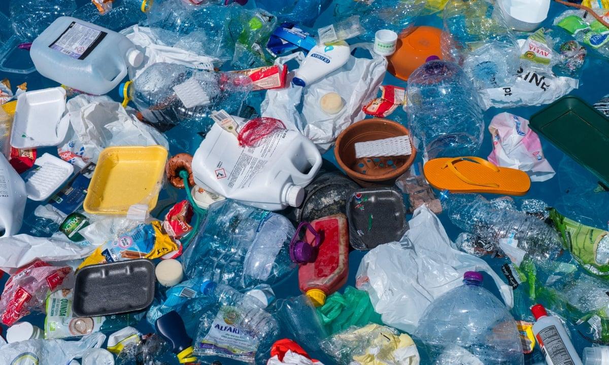 AMBIENTE - Un'estate plastic-free