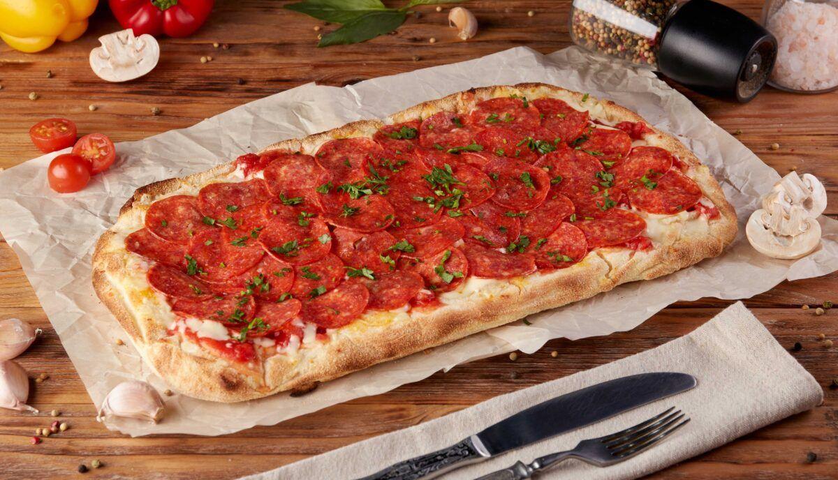 CANAVESE - Rivarolo tenta di entrare nel Guinness con la pizza in pala più lunga del mondo