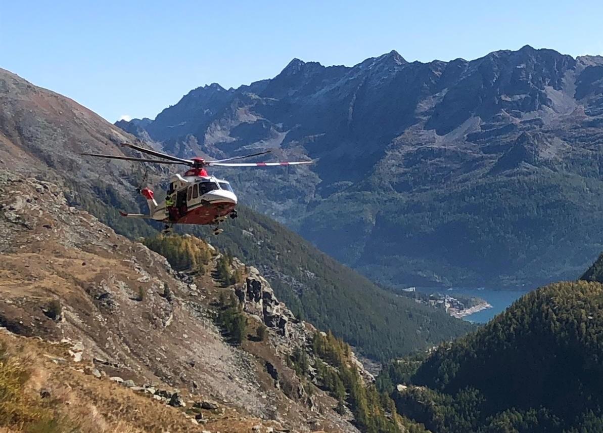 CERESOLE REALE - Precipita per 100 metri lungo il fianco della montagna: ferito un escursionista di Rivara