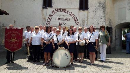 CUCEGLIO - Sveglia alle 5 con la Filarmonica per celebrare il IV Novembre
