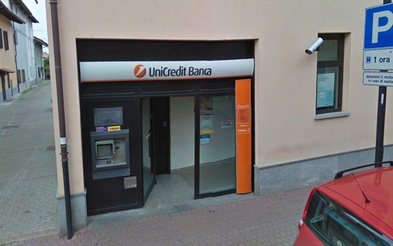 BOSCONERO - Addio alla banca Unicredit. Resterà solo il bancomat