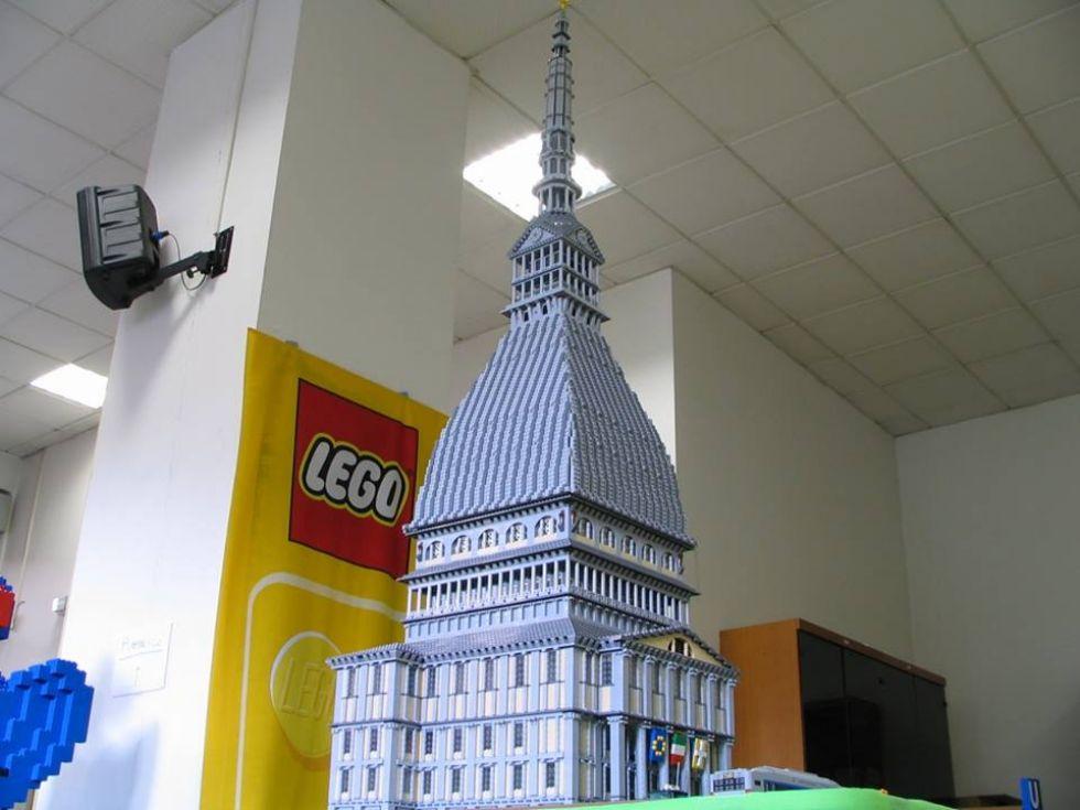 LEINI - Invasione di Lego alla Cittadella dello sport - FOTO