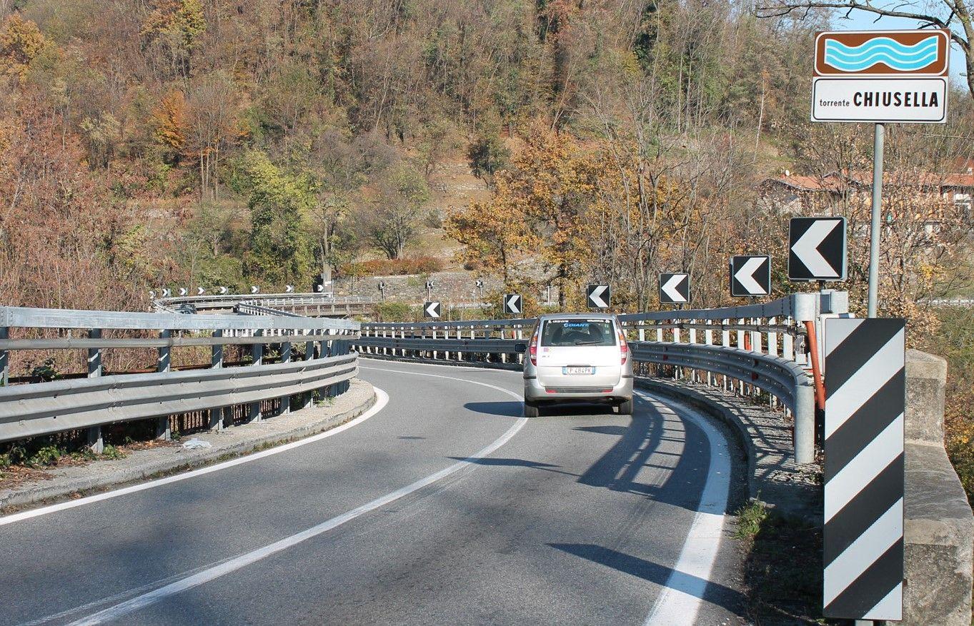 CASTELLAMONTE - Sala piena per l'incontro sul Ponte Preti voluto da Bozzello: «Il ponte è sicuro» - FOTO