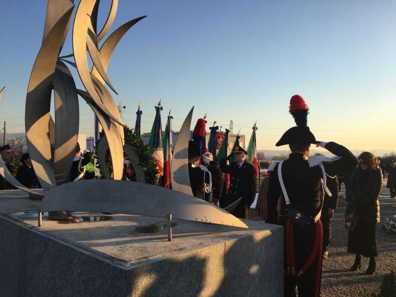 VOLPIANO - Un concerto ricorda i carabinieri morti con l'elicottero