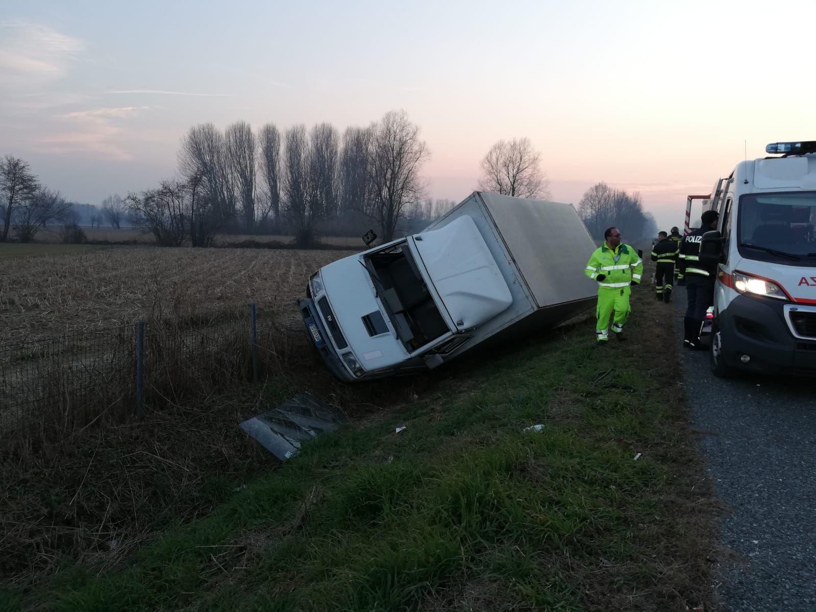 AUTOSTRADA A5 - Incidente stradale: ferito un 38enne - FOTO