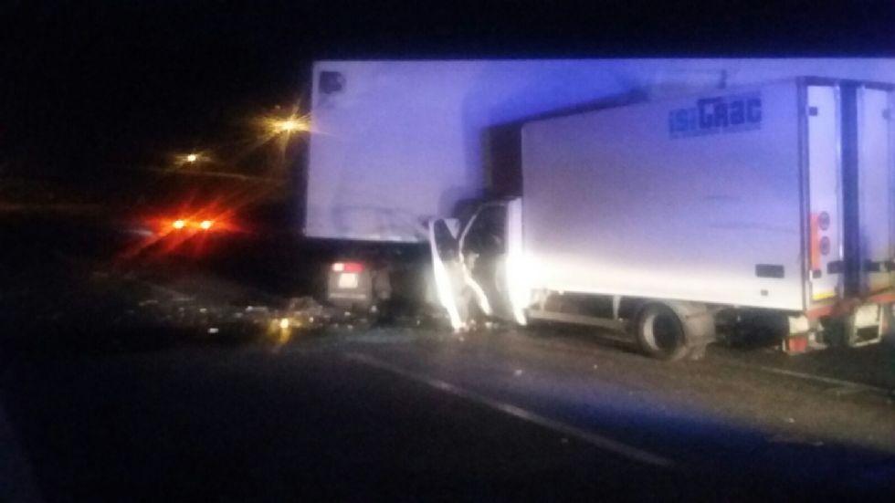 BORGARO - Incidente sulla tangenziale: tir contro furgone - FOTO