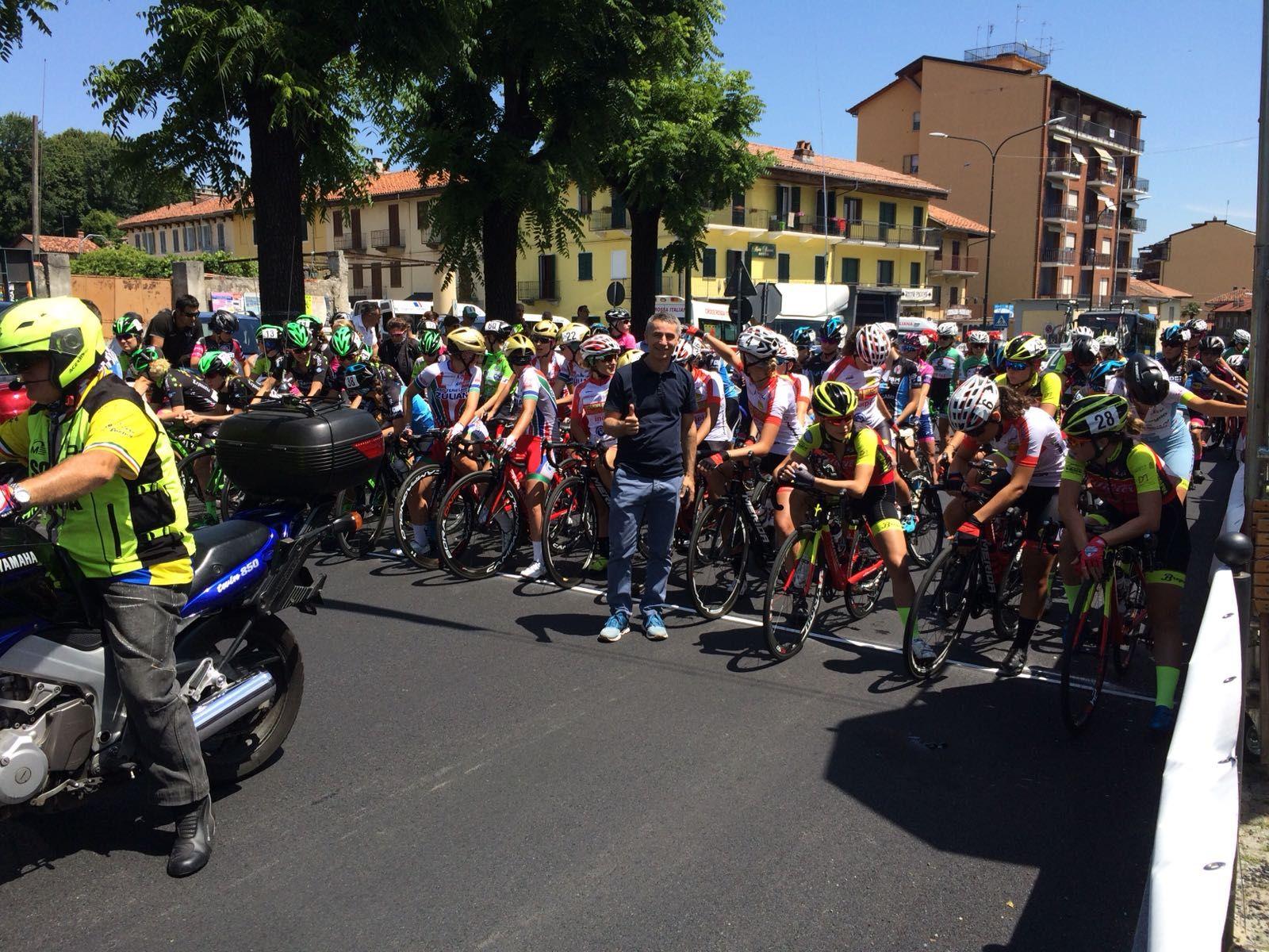 CICLISMO - A Rivara trionfa in volata la toscana Giorgia Catarzi