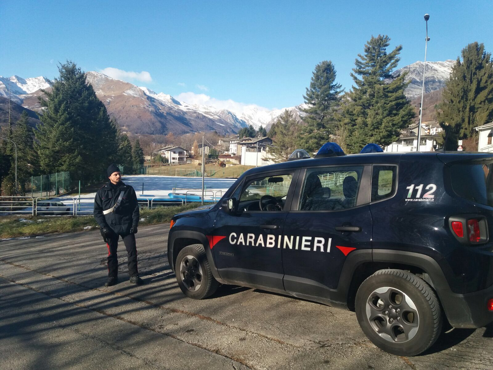 VALCHIUSELLA - Piromane arrestato dai carabinieri: aveva appena tentato di dare fuoco a un bosco - VIDEO