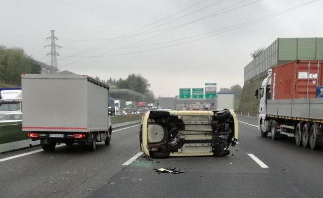 MONTALENGHE - 74enne ferita in un incidente stradale a Venaria