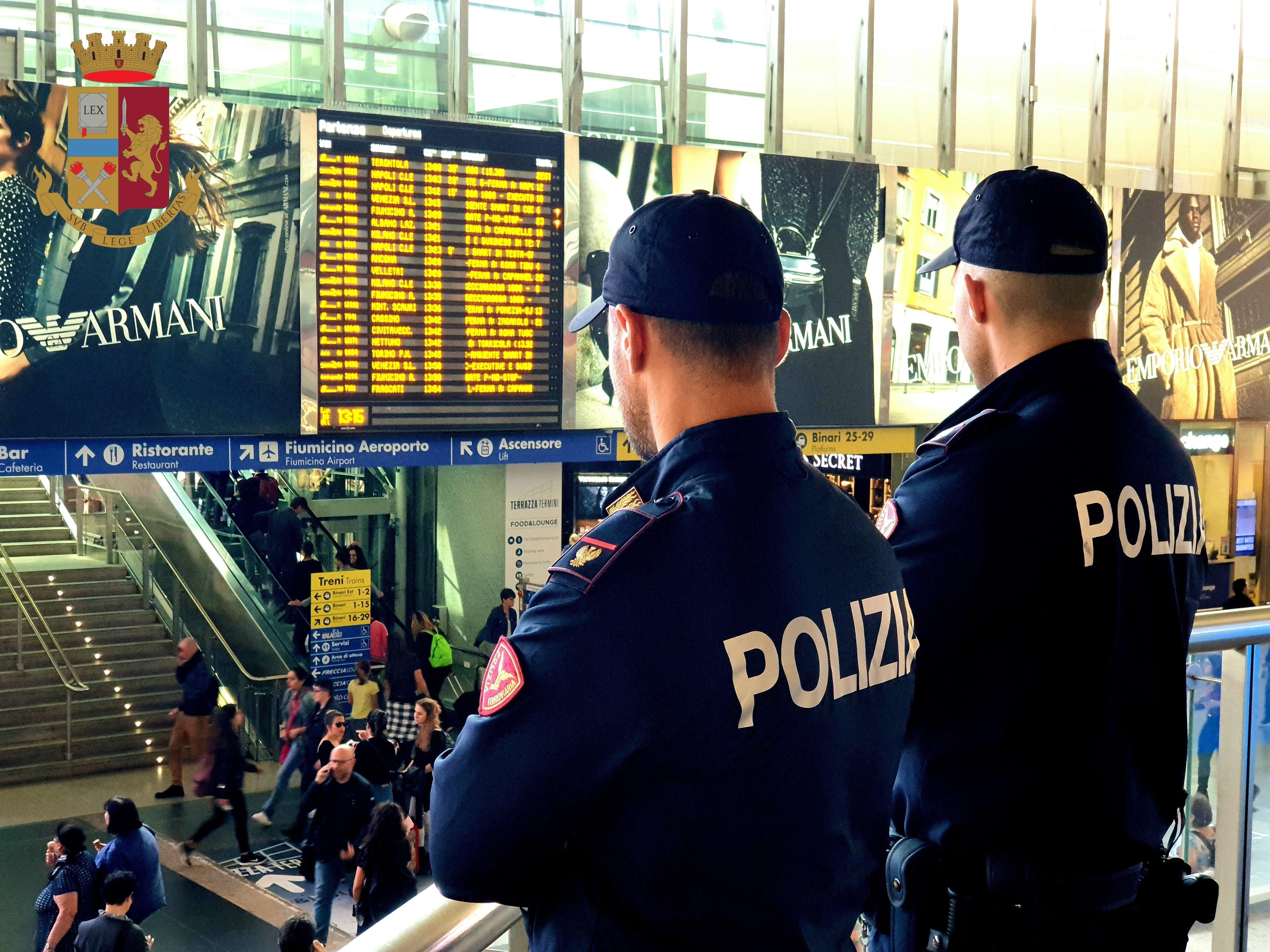 SICUREZZA - Vacanze: raffica di controlli nelle stazioni ferroviarie